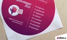 Raamstickers zijn erg handig en snel te monteren. Ook qua afwerking zijn er vele mogelijkheden zoals een extra laminaat laag, bijzondere drukkleuren of speciale snijvormen. De raamstickers voor Centrum Oldenzaal zijn rond gesneden. Het voordeel bij ronde stickers of stickers met.. #Raamstickers #Stickers #Print #Drukwerk #Oldenzaal #Twente #Sign Boarding Pass, Prints