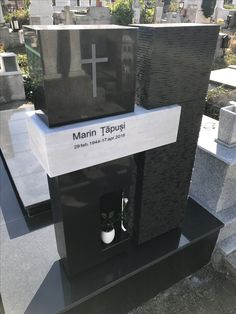 Cemetery Monuments, Cemetery Headstones, Headstone Inscriptions, Tombstone Designs, Stone Statues, Baby Memories, Interior Exterior, Funeral, Marble