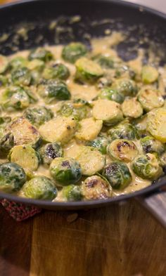 roomkool gestoofd in cream. I Love Food, Good Food, Yummy Food, Vegetarian Recepies, Healthy Recipes, Veggie Dinner, Everyday Food, Food Inspiration, Food Porn