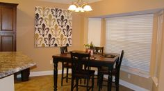 12 Rush Dr. Dining Area