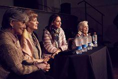 Directora Gloria Laso y actrices, en presentación Documental Viejos Amores teatro Condell  Valparaíso