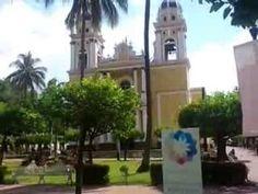 jardìn de villa de Alvarez, Colima