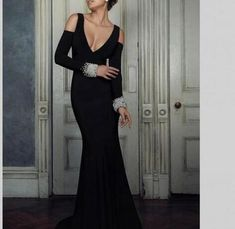 2018 Sexy Deep V-Neck Black Long Evening Dresses Long Sleeves with Beading Open Back Vestido de Fiesta Women's Party Dress Black