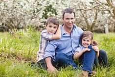 Family Picture Poses Outside | ... family-photography-family-portraits/outdoor-melbourne-family-portraits