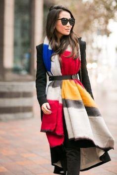Hot or not: je sjaal tailleren met een riem | NSMBL.nl
