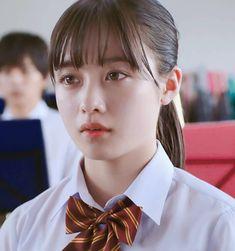 個人的に一番綺麗に可愛く撮れてると思うのは映画『#ハルチカ』です。Blu-ray版での視聴がオススメです✨ . ⭐⭐Twitter (👉プロフィール欄)にこちらの縮小版の壁紙をアップしてます⭐⭐ . #橋本環奈 #hashimotokanna #女優橋本環奈 #制服橋本環奈 Ulzzang Short Hair, Ulzzang Girl, Japanese Models, Japanese Girl, Hashimoto Kanna, Asian Cute, Cute Beauty, Girls Characters, Girl Short Hair