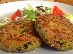 Quinoa and Kale Cakes - Vegetarian Friend. Choose your vegetable broth and flour wisely. :)