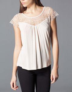 Stradivarius Camiseta crochet