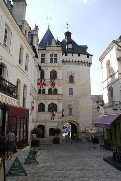 Entre los pueblos no tan conocidos que son una joya medieval en Francia, Loches