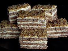 Retetele copilariei Romanian Desserts, Russian Desserts, Romanian Food, Romanian Recipes, Sweets Recipes, Cake Recipes, Cooking Recipes, Krantz Cake, Hungarian Cake