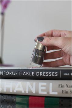 Beautyblog - DIOR Nailpolish Vernis - 701 Gris Montaigne