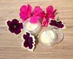 Prírodný tuhý parfum s príjemnou kvetinovou vôňou