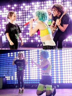 Paramore, Ain't it fun, Monumentour, Red Socks Stadium, Best moment of that sweetheart's life <3