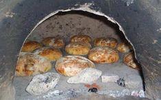 Reţeta pâinii pe care o făceau bunicile noastre în cuptor. De ce nu se găseşte în comerţ o astfel de pâine