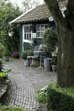 Like this path into patio style for garden room seating area Small Gardens, Outdoor Gardens, Outdoor Rooms, Outdoor Living, Greenhouse Shed, Garden Studio, Garden Cottage, Garden Structures, Garden Spaces