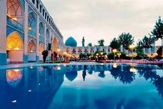Abassi Hotel, this hotel used to be a Karvansari #irantravelingcenter #abbasihotel #isfahan