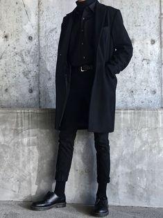 Martens Boots Looks - rururuu.Martens Boots Looks All Black GU UNIQLO no puede detener a Petit Pura - Dr Martens Outfit, Fashion Mode, Look Fashion, Fashion Outfits, Japan Fashion, Fall Fashion, Fashion Shirts, Street Fashion, Fashion Ideas