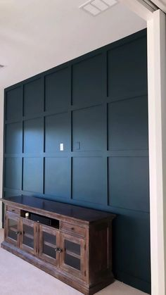 Accent Wall In Bedroom, Wood Accent Walls, Accent Wall Panels, Panel Walls, Feature Wall Design, Wall Decor Design, Feature Walls, Accent Wall Designs, Bedroom Wall Designs