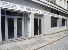 Agrupació Cultural Folklòrica Barcelona. Detall de la façana http://www.acfbarcelona.cat/