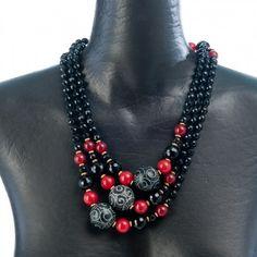 Collana con perle nere e rosse