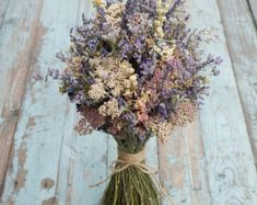 Lavender White Dried Flower Bouquet von EnglishFlowerFarmer auf Etsy