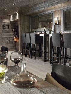 Vinkjelleren Vinbar in Geilo, Norway, designed by norwegian Elin Fossland Chalet Chic, Chalet Style, Lodge Style, Ski Chalet, Scandinavian Cabin, Interior Decorating, Interior Design, Luxury Interior, Interior Ideas