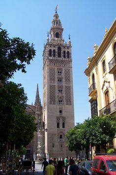 La Giralda torreón principal de la catedral de Sevilla España