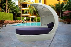 Modern Wicker Outdoor Bed - wicker outdoor furniture,garden wicker,garden wicker furniture,faux wicker outdoor furniture,pvc wicker outdoor furniture,vinyl wicker outdoor furniture,resin wicker outdoor,furniture weather wicker outdoor furnitu Regency Shop