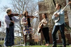 Faculty Member Eleanor Duckworth Creates Music with Students