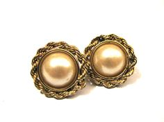 Vintage Gold Tone and White Faux Pearl Swirled Round by ditbge, $6.75