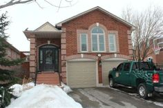 SOLD! Home for Sale in College Manor, Newmarket, Ontario $569,000