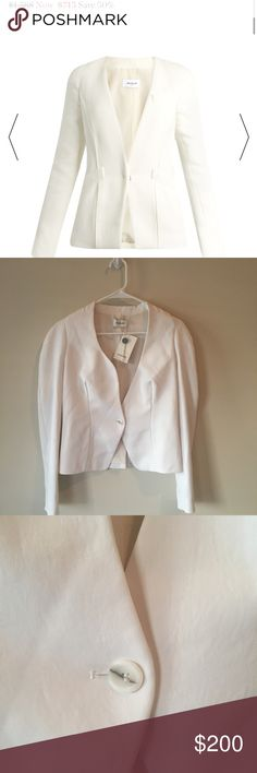 •Theirry Mugler• Crepe Viscose Jacket 40/6-8 US DESCRIPTION This precision-cut white crepe blazer is a deft example of Mugler's clean-lined aesthetic. It's crafted without lapels for a streamlined silhouette, and further honed with contouring seams and a neatly hidden fastening. Wear it as a solo top layer teamed with black trousers for an evening look with sultry undertones.  Product number: 1080085 Theirry Mugler Jackets & Coats Blazers