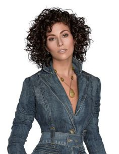 Visit the post for more. Short Curly Haircuts, Short Curly Styles, Curly Hair Styles, Dark Curly Hair, Curly Hair Tips, Medium Hair Cuts, Medium Hair Styles, New Hair Look, Layered Hair