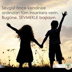 Sevgiyi önce kendinize ardından tüm insanlara verin. Bugüne, SEVMEKLE başlayın. Günaydın #sev #günaydın #insan #life