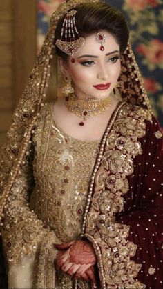 Pakistani Bridal Jewelry, Bridal Mehndi Dresses, Asian Bridal Dresses, Pakistani Wedding Outfits, Bridal Dress Design, Pakistani Wedding Dresses, Bridal Outfits, Bridal Jewellery, Bridal Lehenga