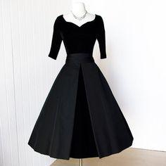 v1950's dress SUZY PERETTE ink black velvet and faille full skirt cocktail party dress
