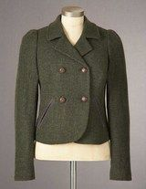 Green. Tweed. Love.