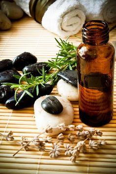 [essential oil, tea tree]