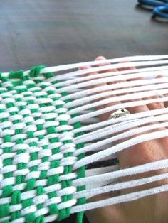 Weaving on the Cheap: T-Shirt Yarn Loom