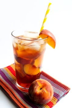 Sweet Peach Iced Tea - Erren's Kitchen - This quick and easy recipe combines two summer favorites —peaches and iced tea.  It's so refreshing and and full of fruity flavor!