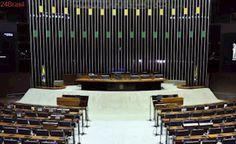 PEC reduz número de deputados de 513 para 405