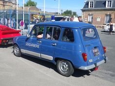1983 - Renault 4GTL - Gendarmerie Nationale - France Military Vehicles, Military Car, Police Vehicles, Car Badges, Police Uniforms, Emergency Vehicles, Police Cars, Automobile, Renault 4