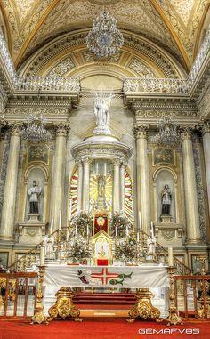 Basilica de Guanajuato. Mexico