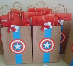 Groomsmen gift bag wrapping idea decor usher gift wedding suit sack tuxedo present bow tie decoration button detail mens manly bag cute Captain America Party, Captain America Birthday, Batman Party, Superhero Birthday Party, Charles 6, Avenger Party, Wonder Woman Party, Party Bags, Childrens Party