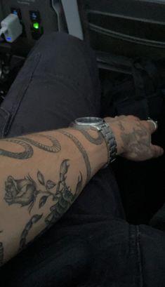 Aesthetic Tattoo, Book Aesthetic, Daddy Aesthetic, Cute Celebrity Guys, Cute Celebrities, Hacker Wallpaper, Grunge Guys, Hottest Guy Ever, Fine Boys