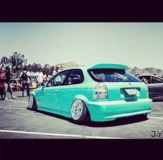 Honda civic hb...like tha color