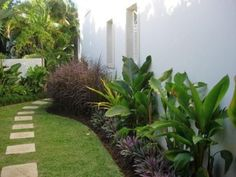 Tropical Landscape Design, Pictures, Remodel, Decor and Ideas - page 9