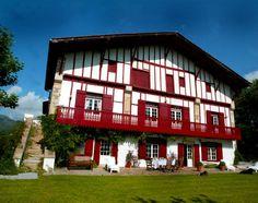La maison labourdine extérieur 1 - La maison préférée des Français