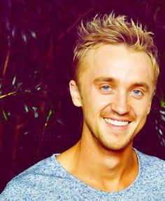 Tom Felton is so handsome... ;)