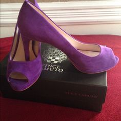 SOLD!!!!!!!!! Vince Camuto Suede Pumps New Purple suede pumps 3 inch heels Vince Camuto Shoes Heels